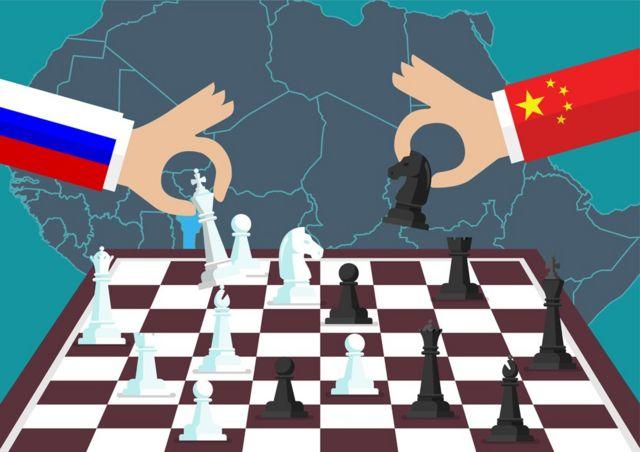 Gráfica con dos manos jugando ajedrez y el mapa de África en el fondo