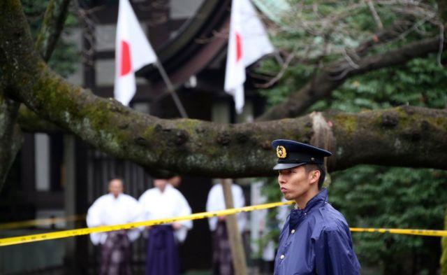 事件当日、靖国神社を警備する警官
