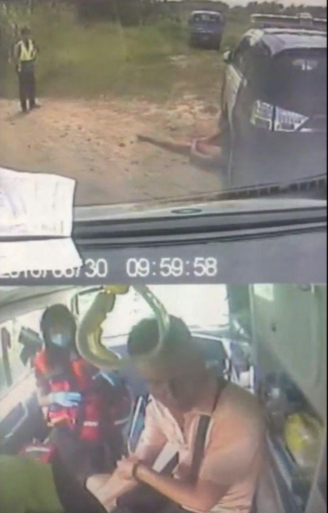 救护车的行车监控器显示,救护车将一名政府人员送离现场,但仍有一名男子躺在血泊中