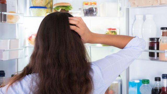میتوانید ذهن خود را پیشاپیش طوری آماده کنید که در هر وعدهٔ غذایی غذاهای سالمتری را انتخاب کند؟