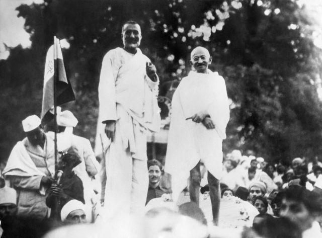 महात्मा गांधी, सीमांत गांधी