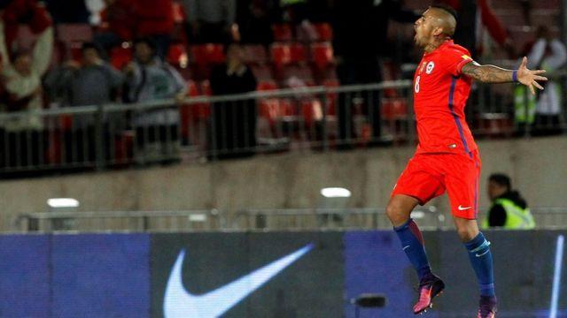 Arturo Vidal celebra su segundo gol