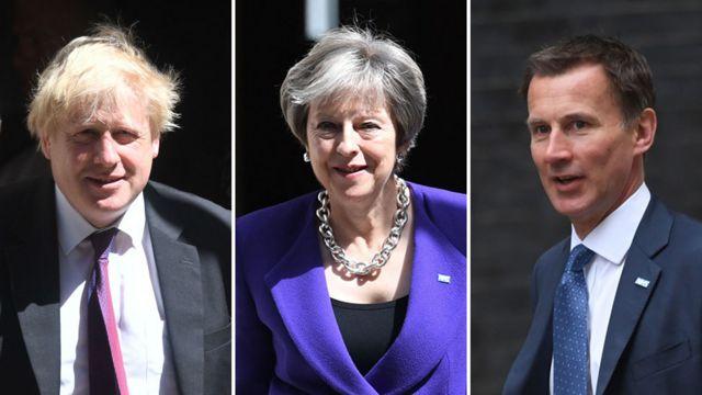 左起:前外交大臣約翰遜、首相梅、前衛生大臣現外交大臣亨特。