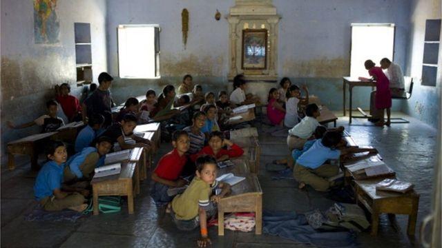 Знання менше половини учнів у країнах, що розвиваються, відповідають освітньому мінімуму