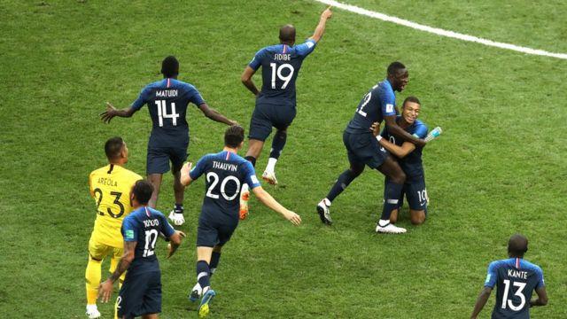 لاعبو المنتخب الفرنسي