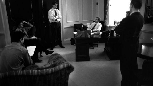 Тони Блэр со своими советниками