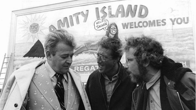 """Filmszene """"Hai"""", mit Bürgermeister Larry Vaughn gespielt von Schauspieler Murray Hamilton (links)"""