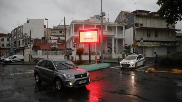Красный уровень тревоги на Гваделупе