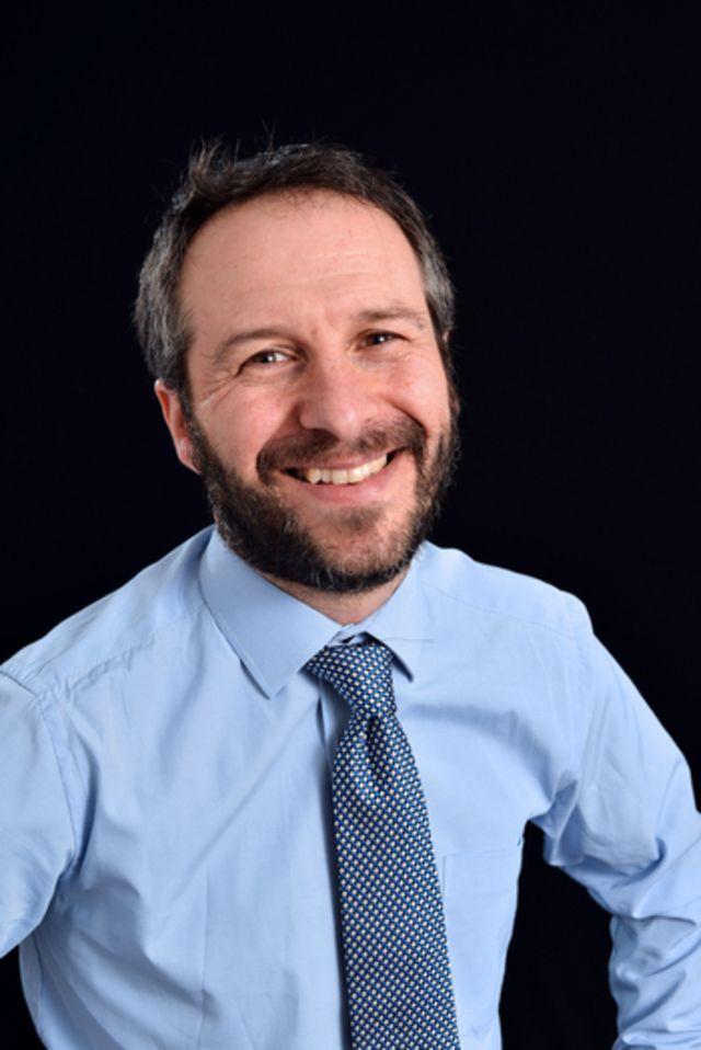 Retrato do professor Mark Lorch