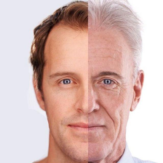 Hombre con rostro joven y envejecido