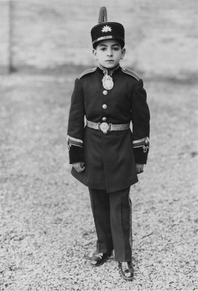 محمدرضا پهلوی در دوران کودکی