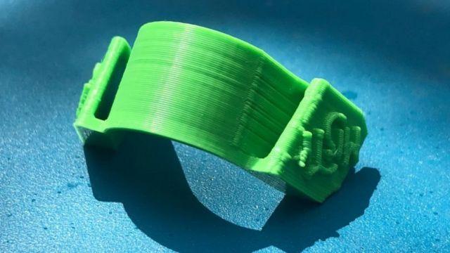 من الممكن إنتاج المشابك باستخدام الطابعات ثلاثية الأبعاد