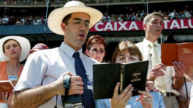 Miembros de los Testigos de Jehová.