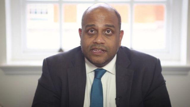 Dr Johann Malawana