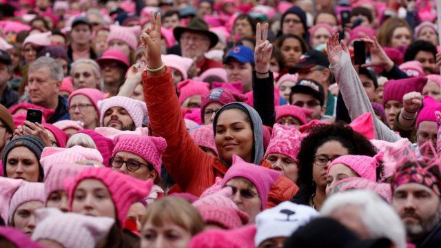 چرا بسیاری از زنان جوان خود را فمینیست نمینامند؟