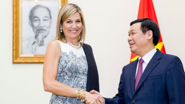 Queen Maxima of The Netherlands visits vice prime minister Vuong Dinh Hue