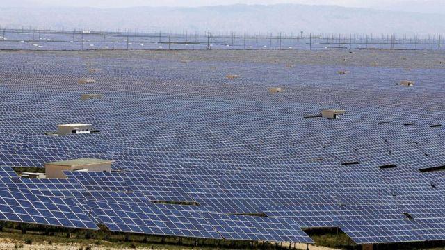 محطات الطاقة الشمسية في إقليم كينغاي