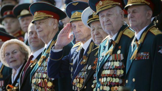 Ветераны перед Парадом победы в 2020 году также проходили карантин