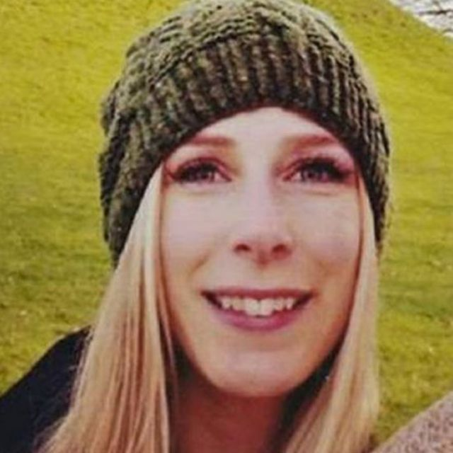 تقول عائلة المواطنة الكندية إنها انتقلت إلى لندن لتكون بجوار خطيبها