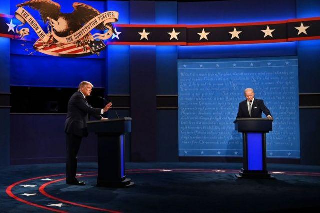 Trump y Biden en el primer debate presidencial el 29 de septiembre de 2020.