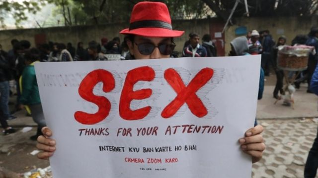 जगह-दिल्ली: ध्यान देने के लिए शुक्रिया ;)