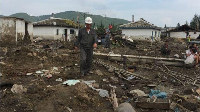 一部の地域では村の大部分が洪水で流された(今月7日、北朝鮮・咸鏡北道で)