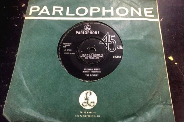 """El single """"Eleanor Rigby"""" de los Beatles"""