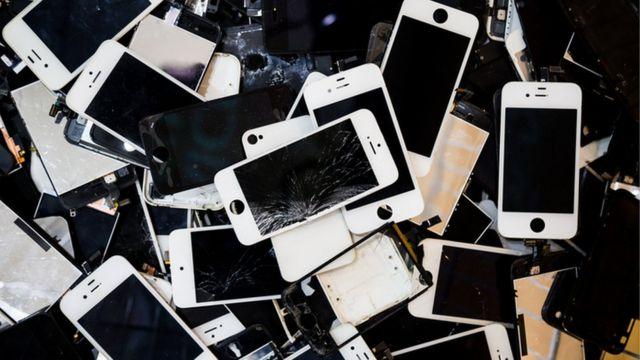 معادن قيمة داخل هواتفنا المحمولة