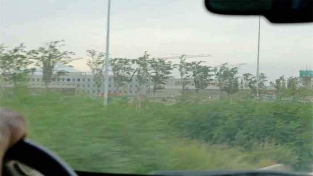 Instalação sendo construída para abrigar muçulmanos na China