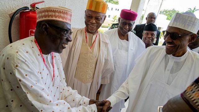 """Shugaban jam'iyyar PDP Ahmed Makarfi cewa ya yi, """"A shirye PDP take ta yi adawa mai ma'ana. Za mu yi hakan ne don mu tabbatar gwamnatin na yin abin da aka zabe ta ta yi domin amfanin"""
