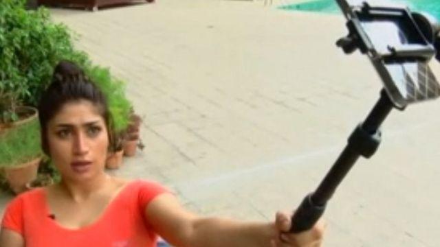Qandeel Baloch: Pakistan social media celebrity 'killed by brother'