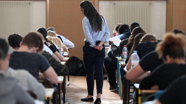 斯特拉斯堡的一場中學畢業會考考場