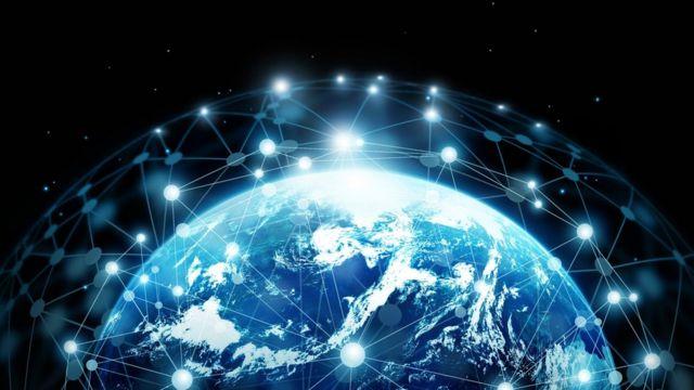 Gráfico mostrando la Tierra rodeada de una red de comunicaciones.