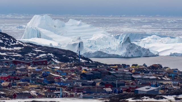 Icebergs cerca de Ilulissat, Groenlandia.
