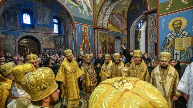 Первая литургия новой украинской церкви