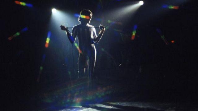 Freddie Mercury en el Madison Square Garden en 1977