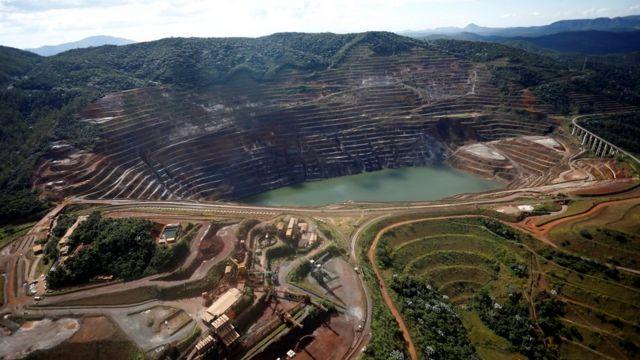 Brazil's Barão de Cocais waits as dam nearby likely to collapse