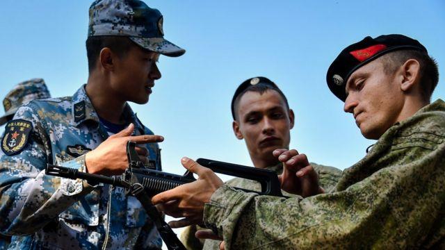 В прошлом году проходили совместыне учения китайской и российской морской пехоты
