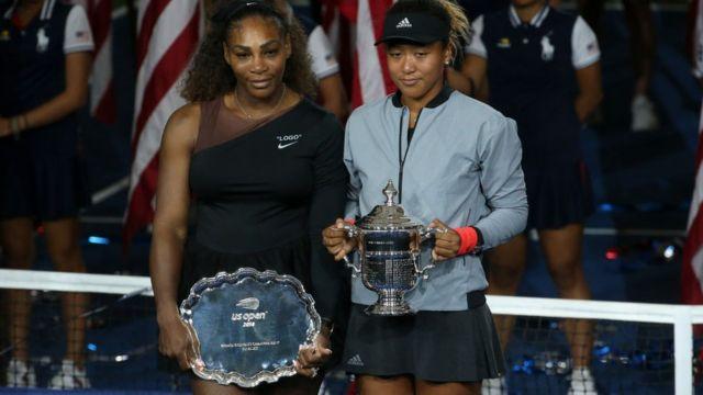 Aworan Naomi Osaka ati Serena Williams