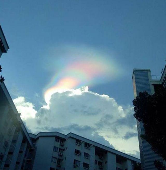 رنگینکمان آتشین آسمان سنگاپور