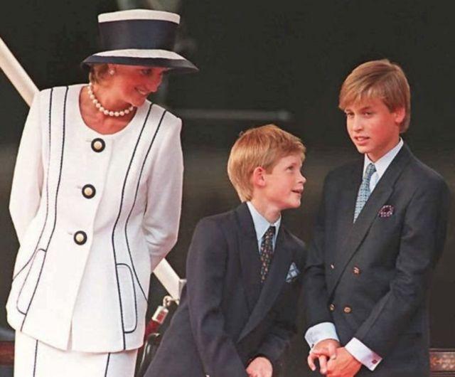 Принцеса Діана з синами