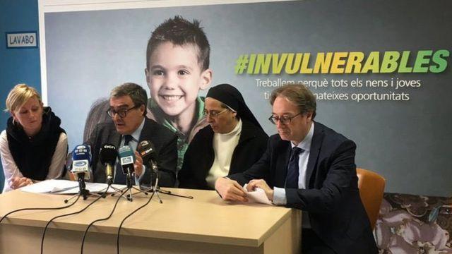 Sor Lucía presenta el Programa Invulnerables en Lérida, España.