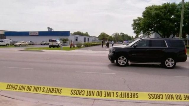 Cảnh hiện trường nơi vụ bắn súng xảy ra