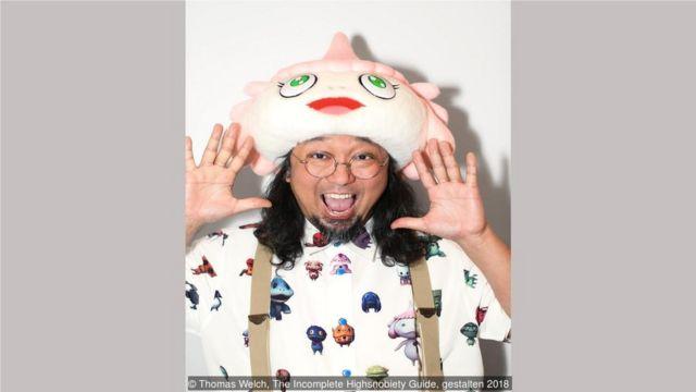 特里独行的艺术家村上隆(Takashi Murakami)亮相Highsnobiety平台。