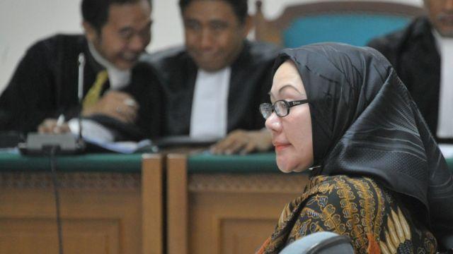 Mantan Gubernur Banten Ratu Atut Chosiyah dalam persidangan, 6 Mei 2014.