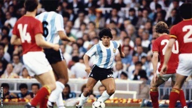 Maradona em jogo de Copa do Mundo