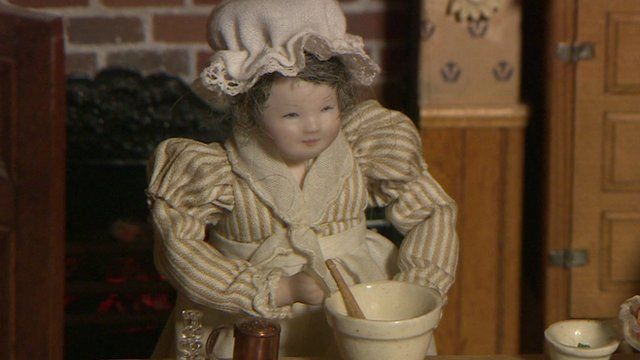 Dolls' house cook