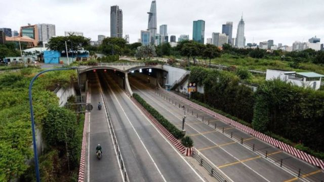 Đường phố Sài Gòn trong thời gian phong tỏa
