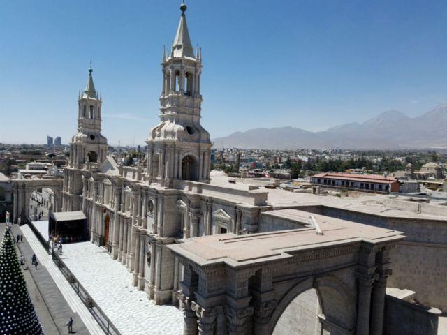 Catedral de Arequipa, Perú. (Foto: Analía Llorente)