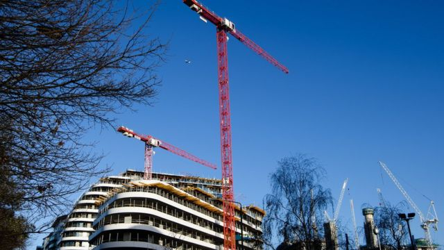 UK construction sector slows down in January